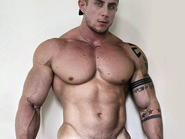 Hung muscle dudes